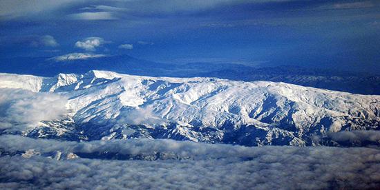 Sierra Nevada: le luxe de skier à côté de la mer