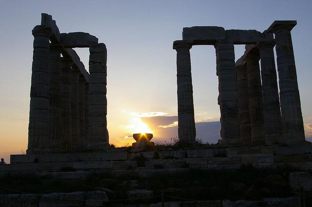 Le Temple de Poséidon préside le Cap Sounion (Athènes)